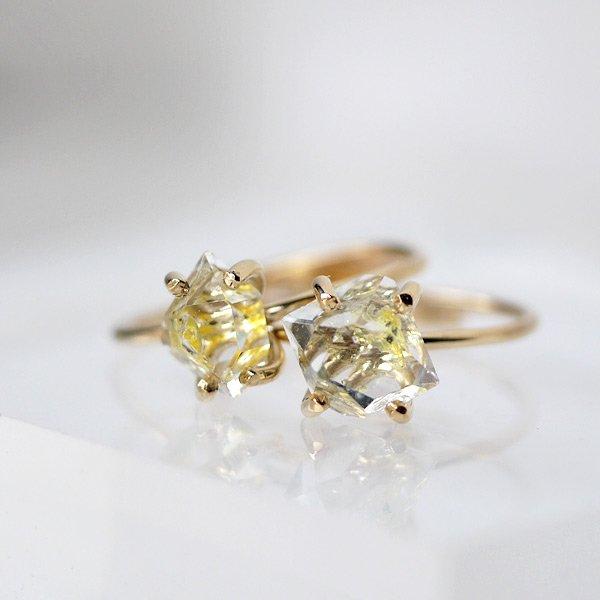 画像1: *TSUBOMI* 動く気泡入り オイルイン ダイヤモンドクォーツ原石の蕾リング(2) (1)