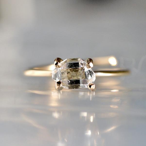 画像1: *TSUBOMI* ダイヤモンドクォーツ原石の蕾リング(85) (1)